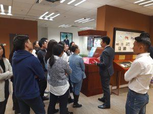 RM & I клубын даатгалын ангийн оюутнууд Дэлхийн Санхүүгийн Түүхийн Музейтэй танилцлаа